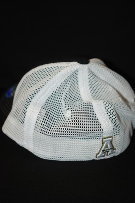 Back Modern Yosef Logo Mesh Fitted $21.95